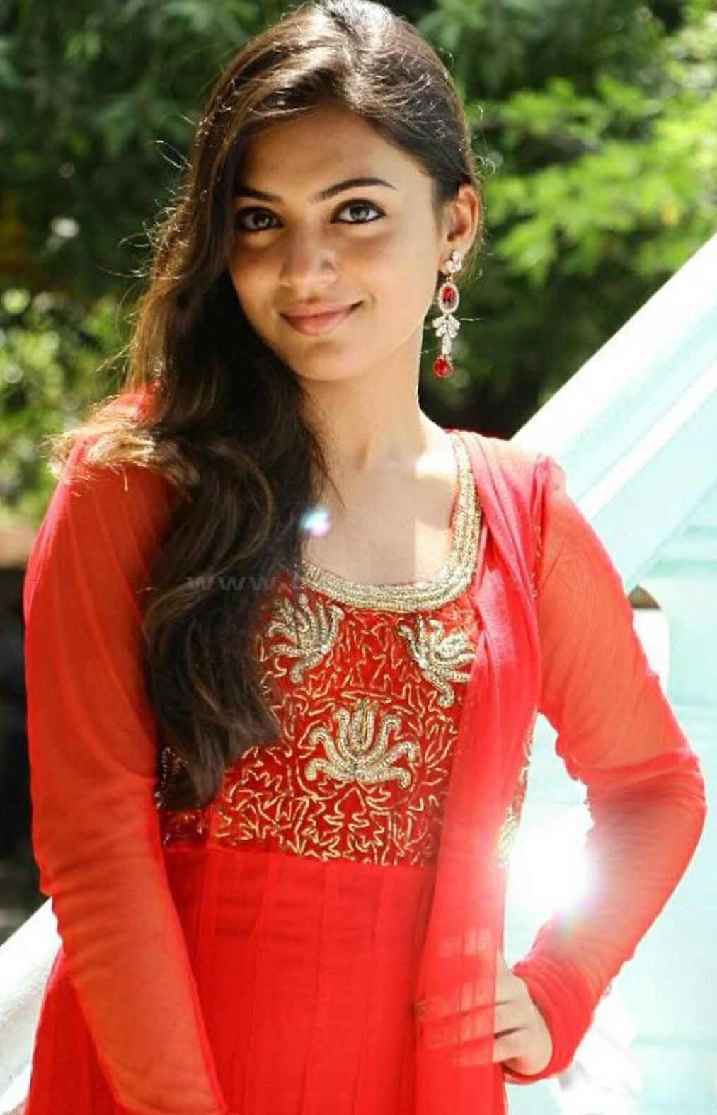 Nazriya Nazim Cute Photos: Nazriya Nazim Photo Gallery